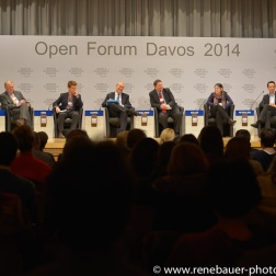 2014_WEF_Davos-16