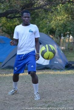 2015_zambia_footballer-13