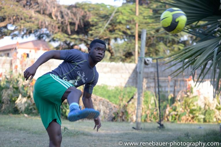 2015_zambia_footballer-18
