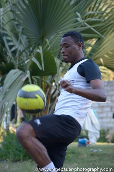 2015_zambia_footballer-19