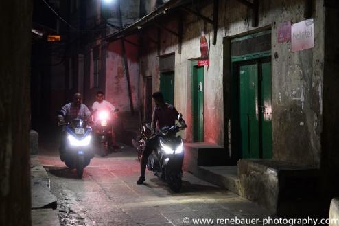 2017-01_tz_stonetown_night_-24