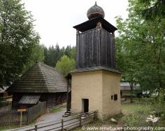 2017.9_EastEurope_wooden_church-14