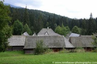 2017.9_EastEurope_wooden_church-21