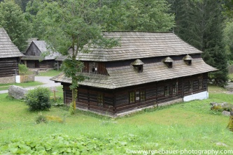 2017.9_EastEurope_wooden_church-32