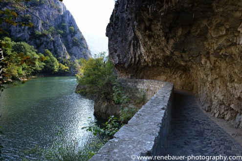 2017.9_EastEurope.45_matka_canyon-11
