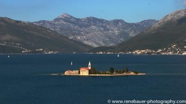 2017.9_EastEurope.53_kotor_castle_sea-45